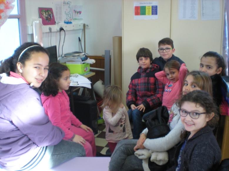 còla redactritz : Kadija, Cloé, Carlina, Morgana, Luna, Sacha, Somaya, Rafael, Alaric